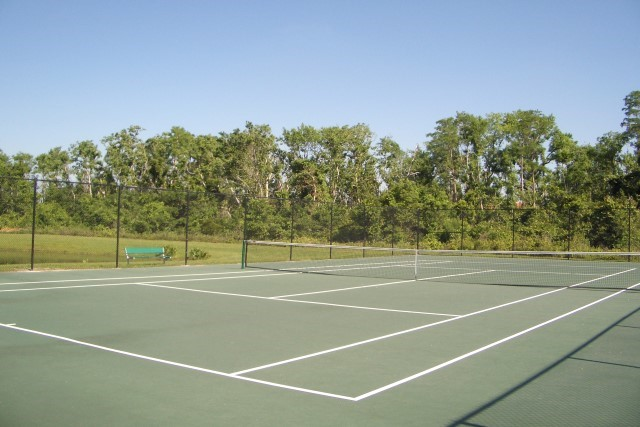 Lake Berkley tennis court